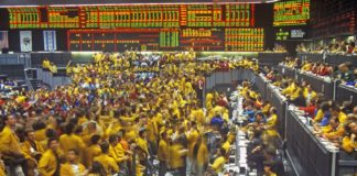 trading floor of the chicago mercantile exchange, chicago, illinois